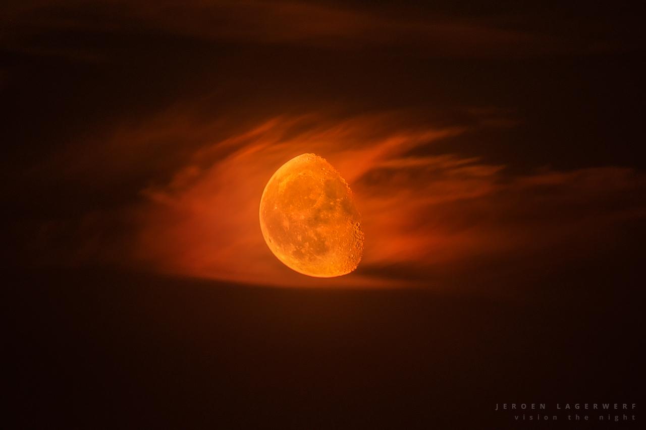 Moontracker