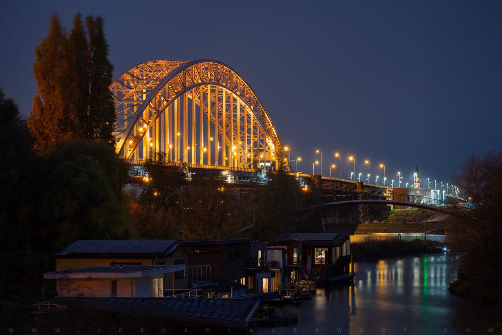 Waalbrug, Het Meertje