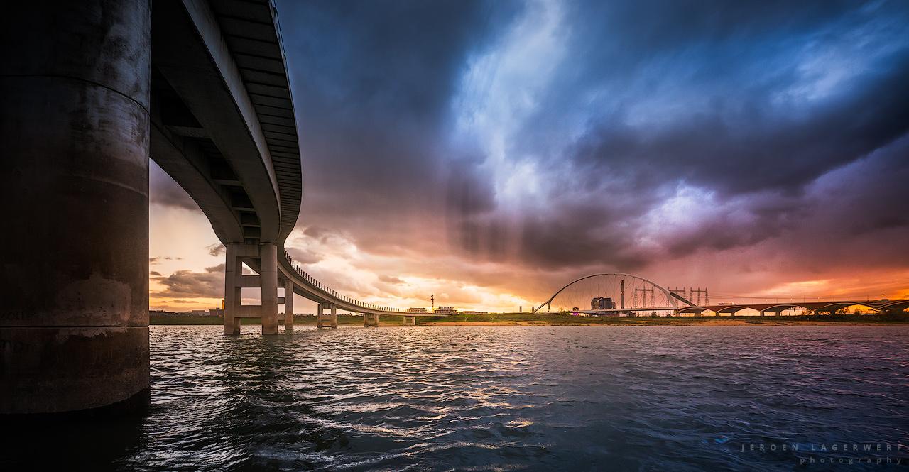 Zaligebrug - met onstuimig weer - en wat fantasie ;-)