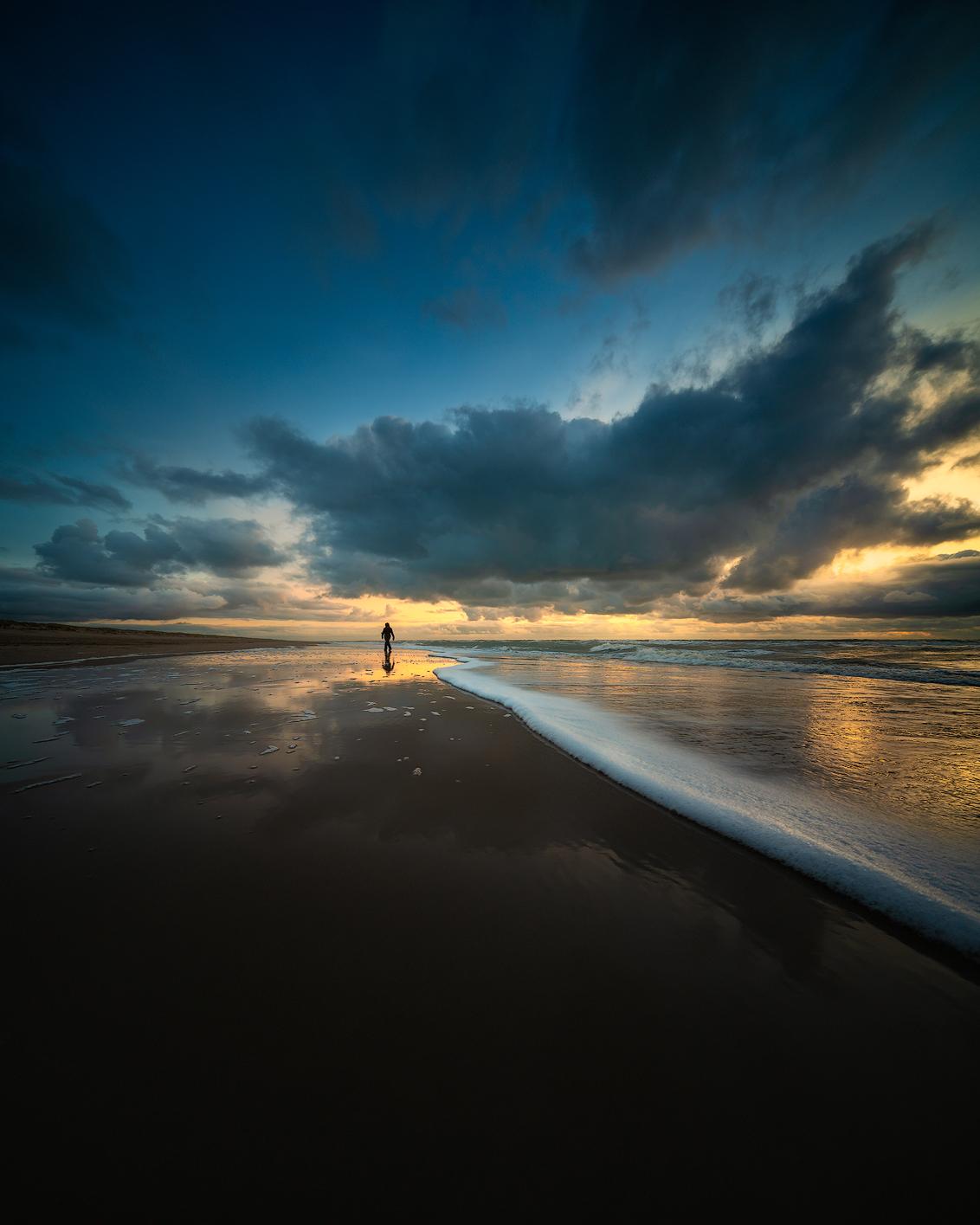 Beach walker - North Sea beach